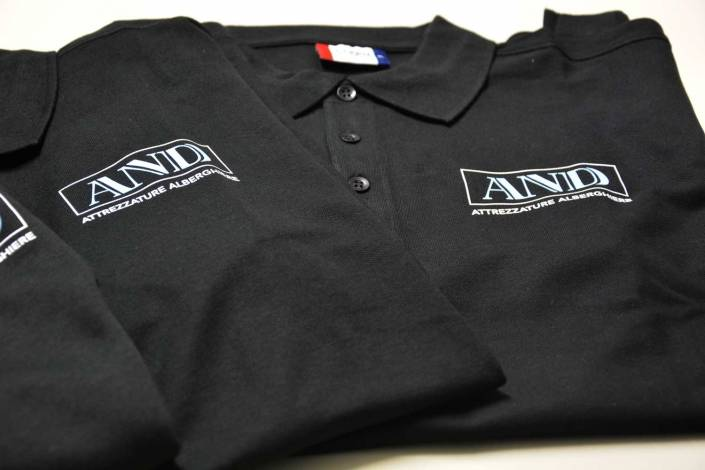 Abbigliamento aziendale personalizzato a Lecco