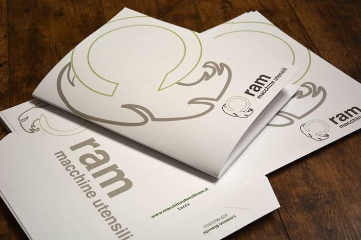 Cartelline di presentazione aziendale e a Milano
