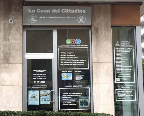 Insegne e vetrofanie a Lecco